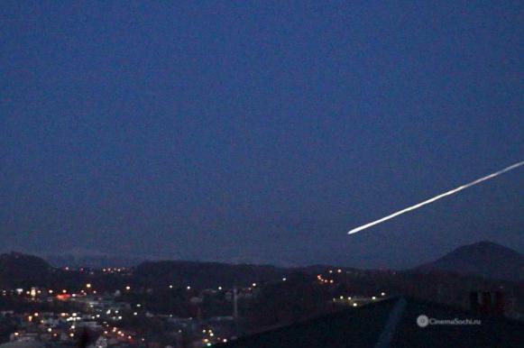 Видео падения сочинского метеорита появилось в Сети