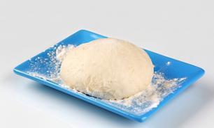Сырое тесто опасно для здоровья