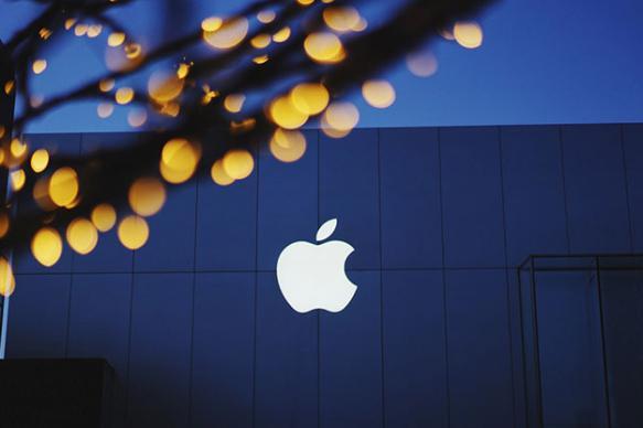 Фильмы Apple будут показывать в кинотеатрах