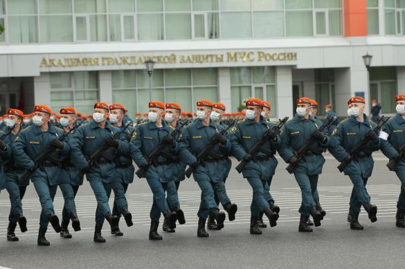 В Кремле рассказали, кто приедет на парад Победы