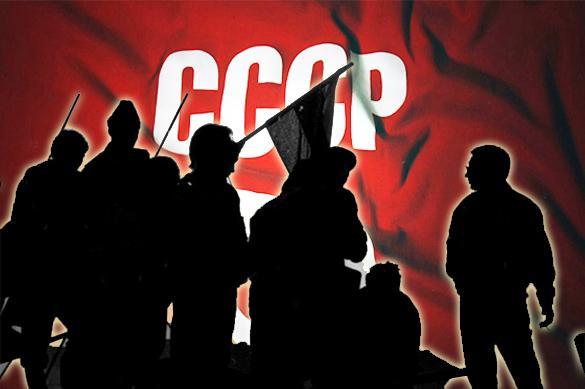 Четверть века без СССР: Что думают об этом россияне?