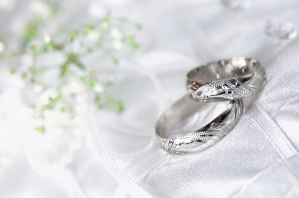 Таец назвался богачом, сыграл дорогую свадьбу и бросил невесту с долгом