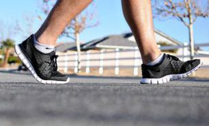 Скорость ходьбы связали с замедлением процесса старения
