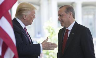 """Эрдоган выбросил письмо, в котором Трамп призвал его """"не быть дураком"""""""
