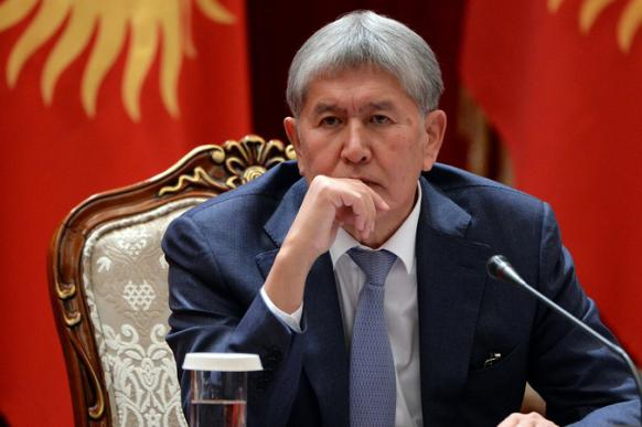 Атамбаеву надо отдать должное: его не выносят ногами вперед