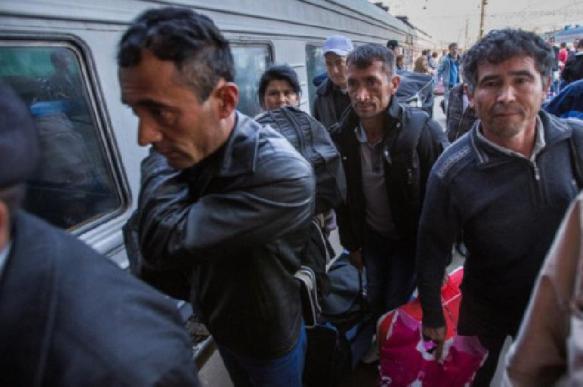Мигранты претендуют на более высокую зарплату, чем россияне