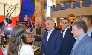 Он Ельцина видел: Евгений Савченко объявил об отставке
