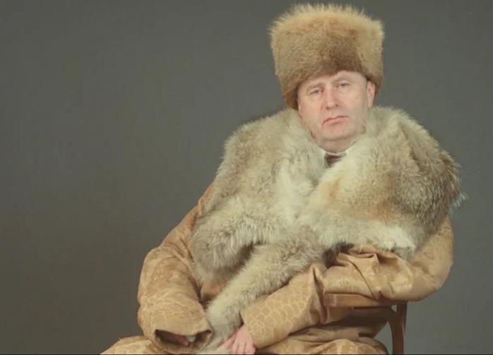 """Кто во что горазд: Жириновский предложил выдавать """"ярлыки на княжение"""""""