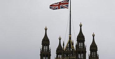 Британский парламент одобрил нанесение ударов  по Ираку
