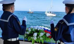 Военнослужащие Балтфлота почтили память моряков Великой Отечественной