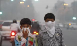 """Власти Дели: столица Индии превратилась в """"газовую камеру"""""""