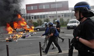 """""""Ночь на ногах"""" пугает олигархов Франции"""