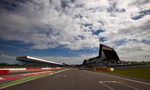 Тучи над Сильверстоуном: будет ли трасса принимать F1