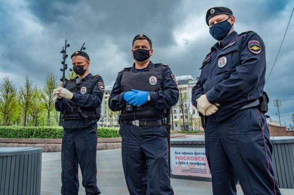 Жители Подмосковья массово нарушали самоизоляцию в выходные