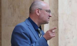 Журналисты ФАН проводят расследование: в полиции куртку Резника уже проверяют на наркотики