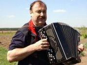 Карьере Гудкова мешает заграница
