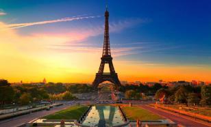 В Париже из-за коронавируса закрыли набережные вдоль Сены