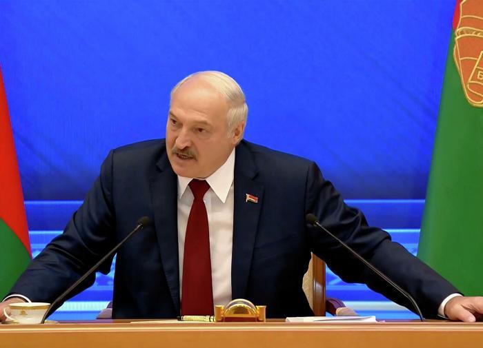 Лукашенко обвинил Запад в использовании санкций ради экономической выгоды