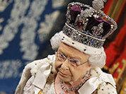 """Королева Елизавета II в тронной речи пригрозила """"давить Россию"""""""