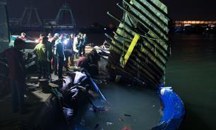 В Канаде затонуло круизное судно, есть жертвы