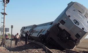 В столкновении поездов на юге Италии погибли 27 человек
