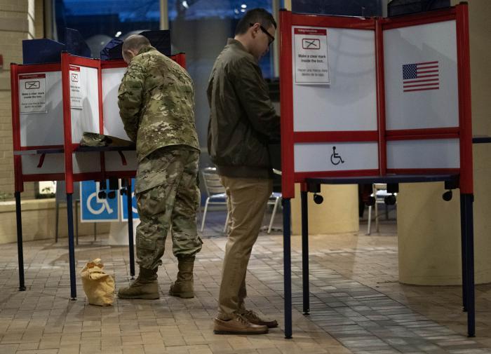 Досрочная явка на голосование в США бьёт все рекорды прошлых лет