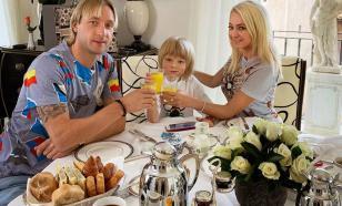 Полиция открыла дело против издания за статью о сыне Плющенко