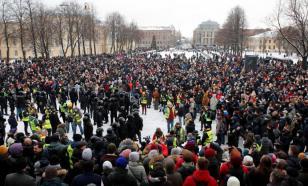 """""""Сиделец"""" Навальный для многих стал лишь именем протеста"""
