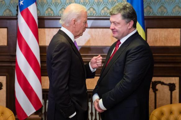 В Раде рассказали о том, что Байден и Порошенко украли  млрд