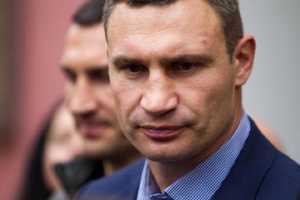 Кабмин Украины санкционировал увольнение Виталия Кличко
