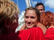 16-летняя школьница вернулась из кругосветного плавания