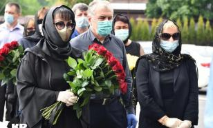 В Москве завершилась церемония прощания с артистом Михаилом Кокшеновым