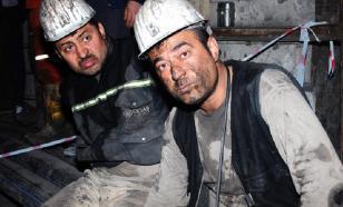 Украинские горняки бастуют под землей из-за долгов по зарплате