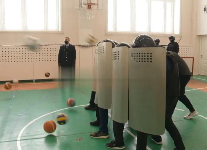 Школа в Казани отказалась от охраны после пандемии
