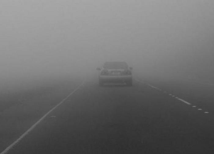 Как правильно вести себя на дороге в условиях недостаточной и ограниченной видимости