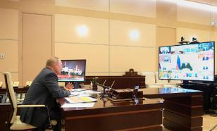 Осложнение ситуации с COVID-2019 Путин обсудил с кабмином