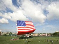 Американцы празднуют День независимости.