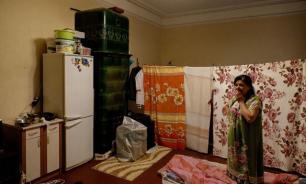 Гастарбайтеры скупают доли квартир в Петербурге