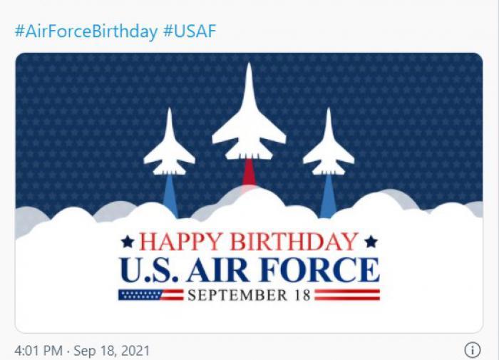 Командование Минобороны США поздравило ВВС картинкой с истребителями Су-27