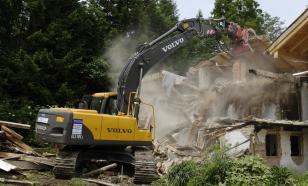 Чтобы не допустить второй волны COVID, в Британии будут сносить дома