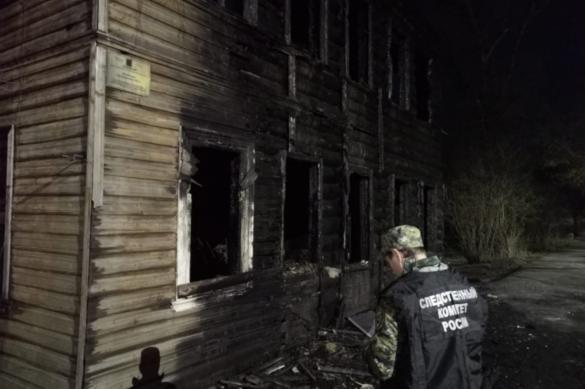 За сгоревшие исторические здания в Новой Ладоге ответят главы