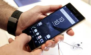 Около пяти российских приложений обяжут устанавливать на смартфоны