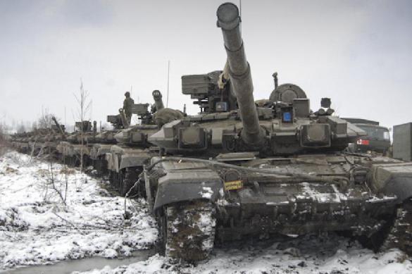 """Военный сделал невесте предложение во время """"танкового балета"""""""
