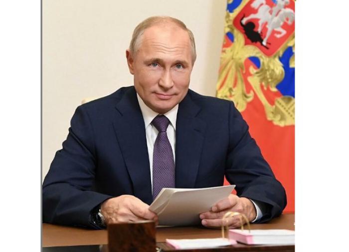 Звёзды поздравляют Владимира Путина с днём рождения