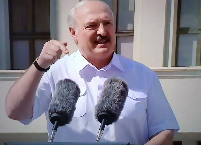 Лукашенко назвал условие для перевыборов президента Белоруссии