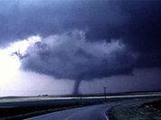 Торнадо перевернул поезд в Аризоне