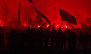 Власти Польши прошли с неофашистами в марше независимости