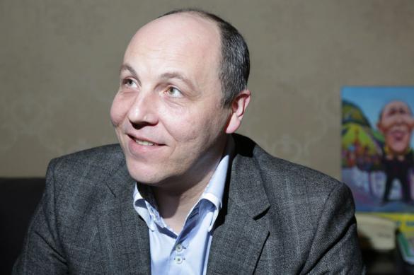 """Парубий: Вакарчук утопит Украину отнюдь не в """"Океане Эльзы"""""""