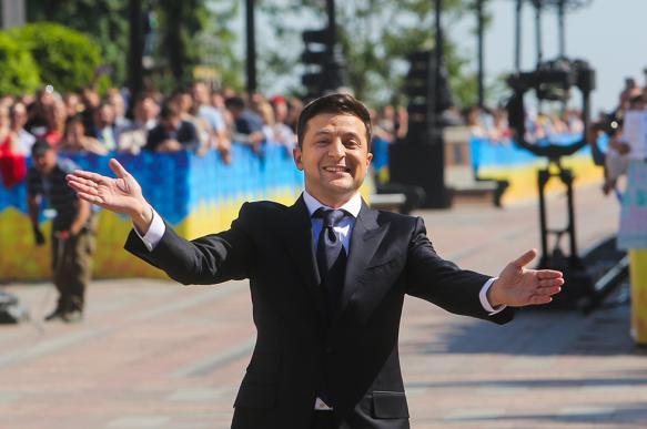 В партии Зеленского пожаловались на кандидатов-клонов