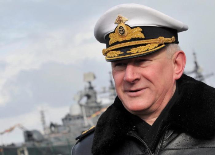 Главком ВМФ рассказал о действиях военных в инциденте с эсминцем Defender